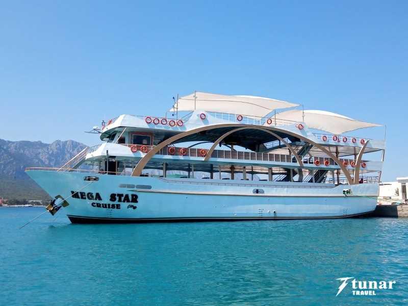 На Яхте MEGASTAR в Кемере из Анталии